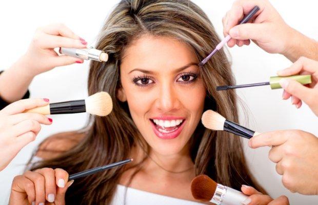 1515241519-make-up-training-course_0.jpg